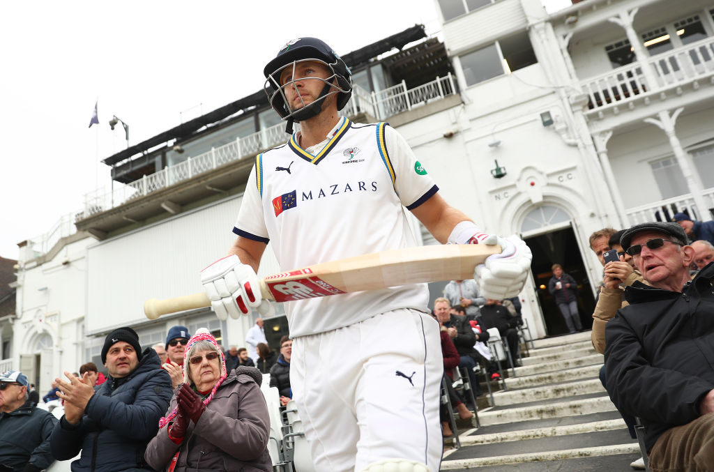 County Cricket round-up: Joe Root saves Yorkshire, Kent collapse and Luke Wright quits red-ball cricket