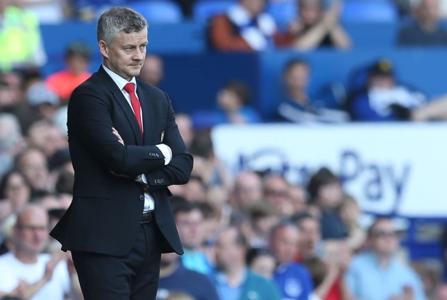 Jermaine Jenas felt that Ole Gunnar Solskjaer paid Everton too much respect
