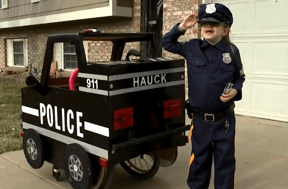 Dad turns disabled 7-year-old daughter's wheelchair into a mini police car