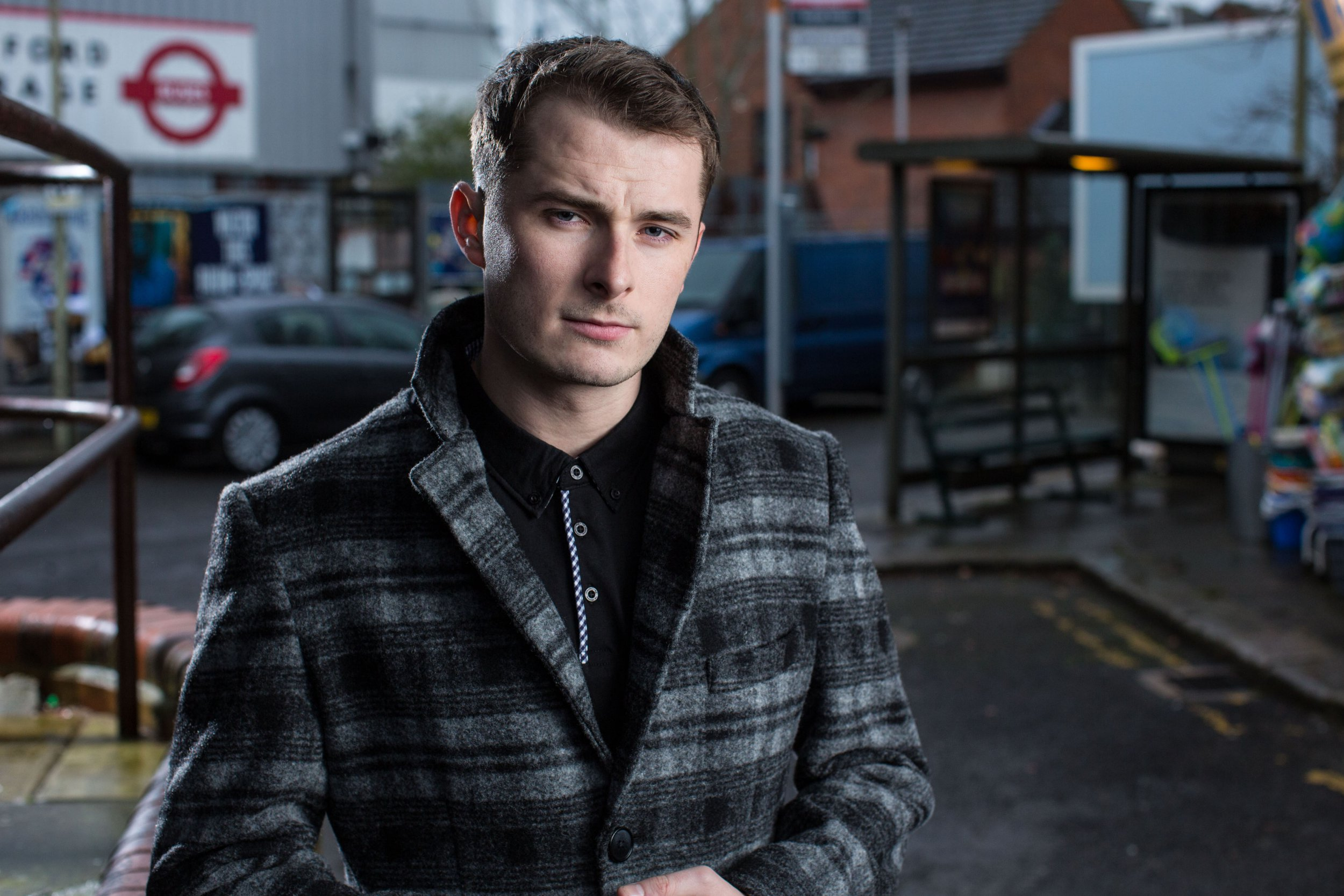 What's happened to Ben's glasses and hearing aid as he returns to EastEnders?