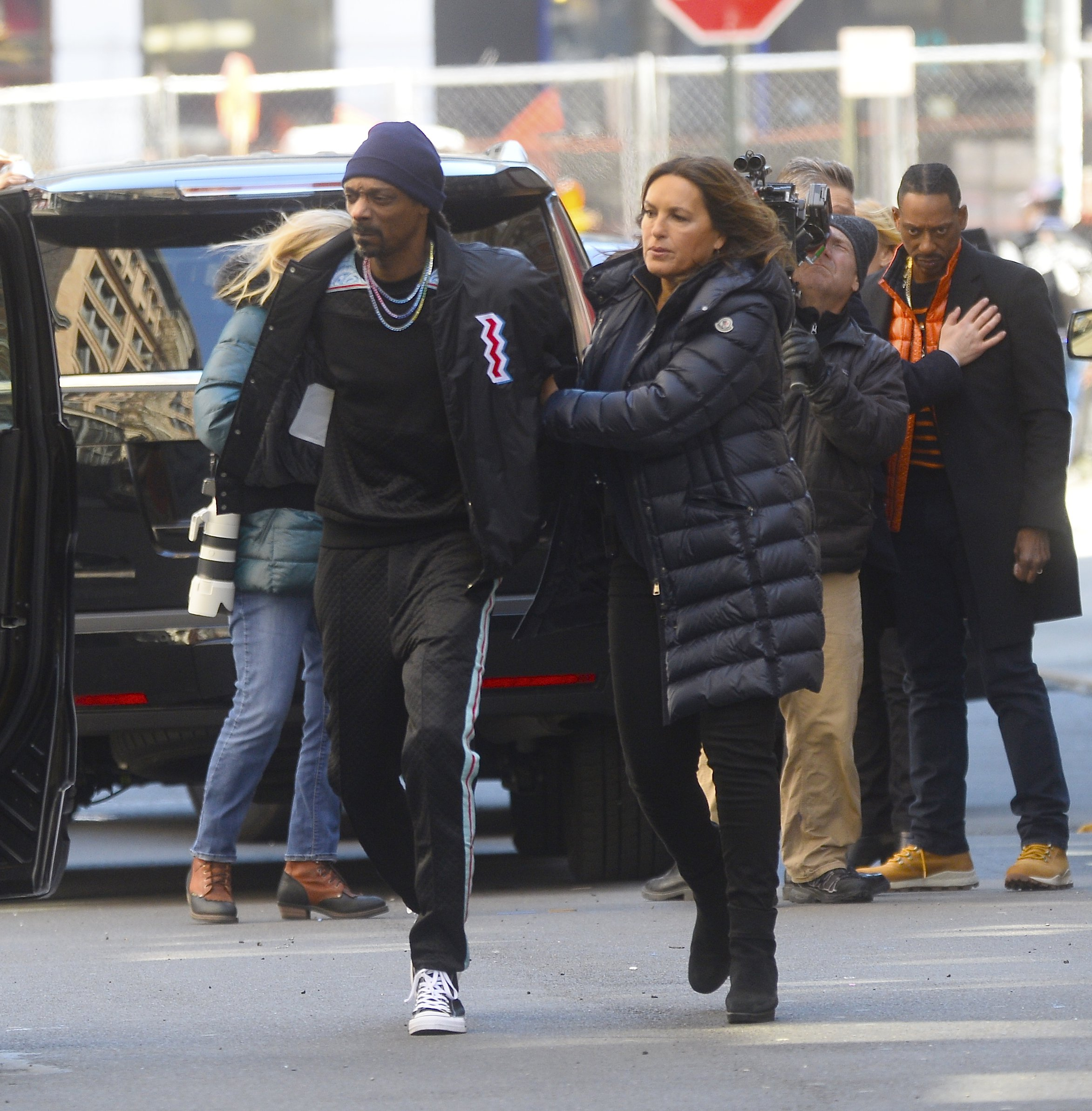 NEW YORK, NY - APRIL 01: Actress Magdolna Hargitay and Snoop Dogg are seen on the set of Law & Order SVU on April 1, 2019 in New York City. (Photo by Raymond Hall/GC Images)