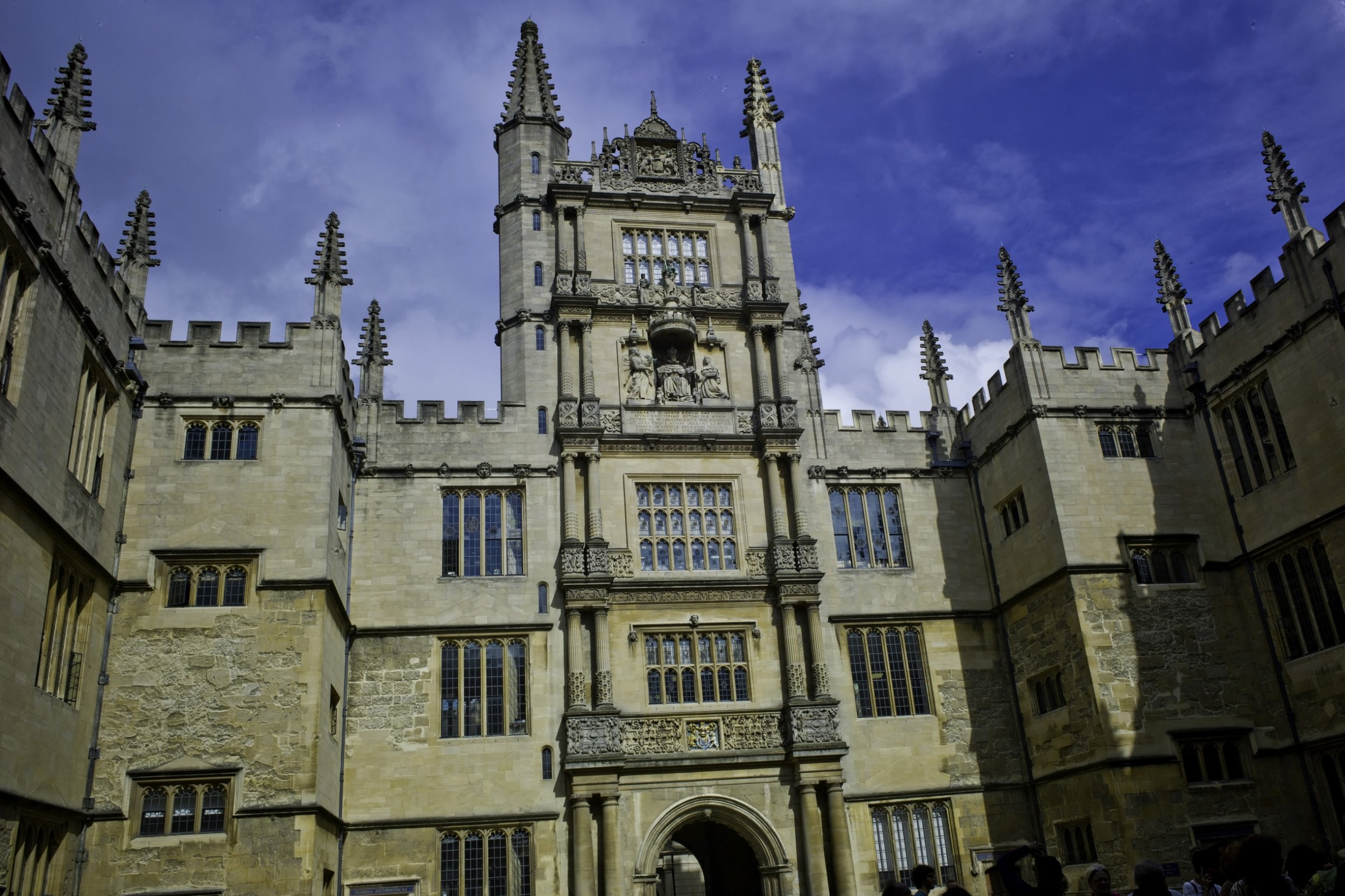 Scabies outbreak at Oxford University
