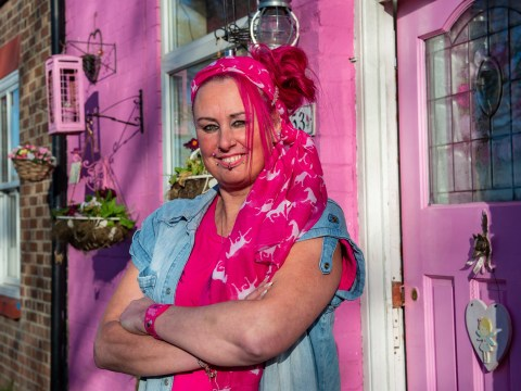 Woman turns her entire life pink – including her house, hair, car and caravan