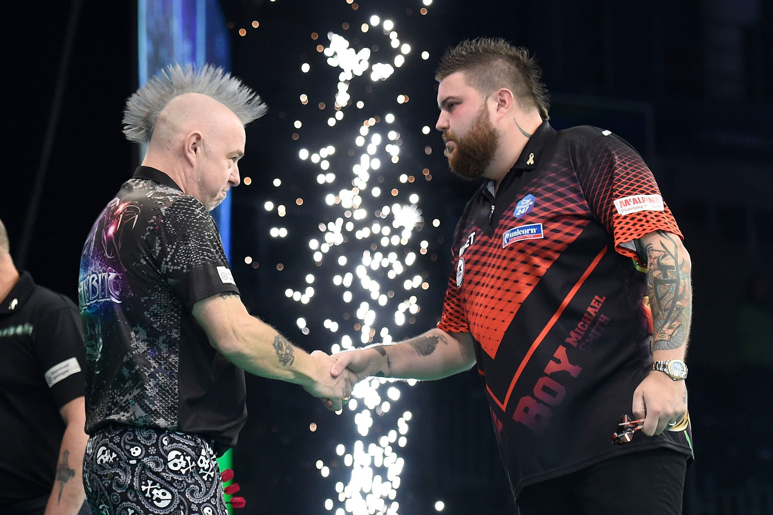 Peter Wright blasts 'freezing' conditions at Premier League Darts in Belfast