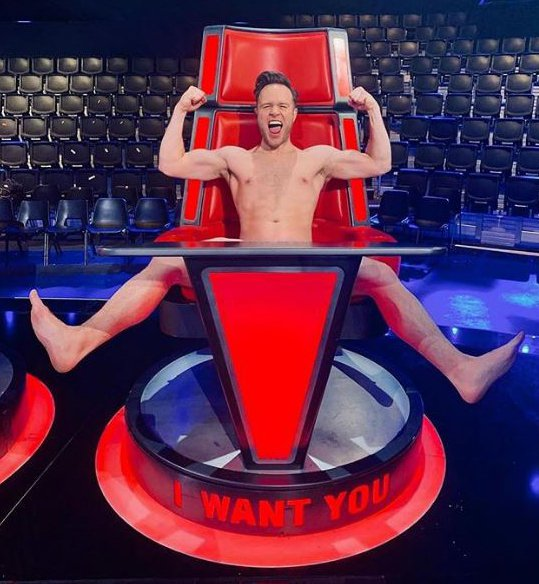 METRO GRAB INSTA Olly Murs strips off to celebrate crowning Molly Hocking winner of The Voice https://www.instagram.com/p/Bv7o_rpBnWc/