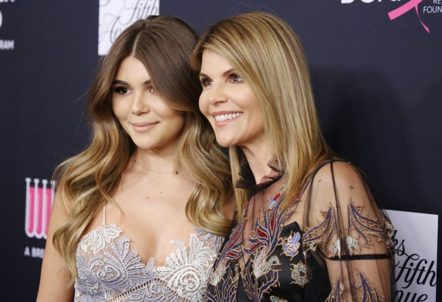 Mandatory Credit: Photo by Matt Baron/REX/Shutterstock (9443014gm) Lori Loughlin and daughter Olivia Jade The Women's Cancer Research Fund hosts an Unforgettable Evening, Arrivals, Los Angeles, USA - 27 Feb 2018