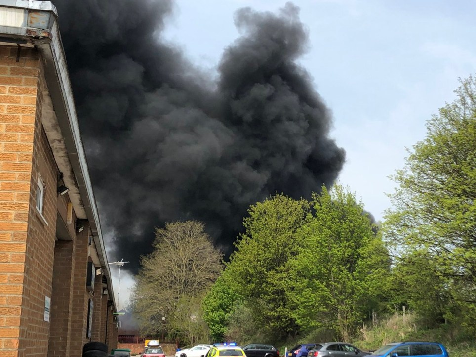 METRO GRAB TWITTER Thick black smoke over Derby after several 'huge explosions' https://twitter.com/paigeoldfield22/status/1120313456132087809