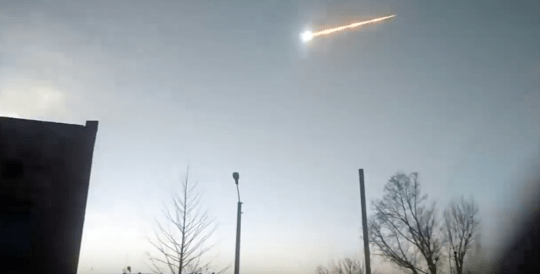 Earth hit by gigantic 'fireball' meteor which exploded in the sky