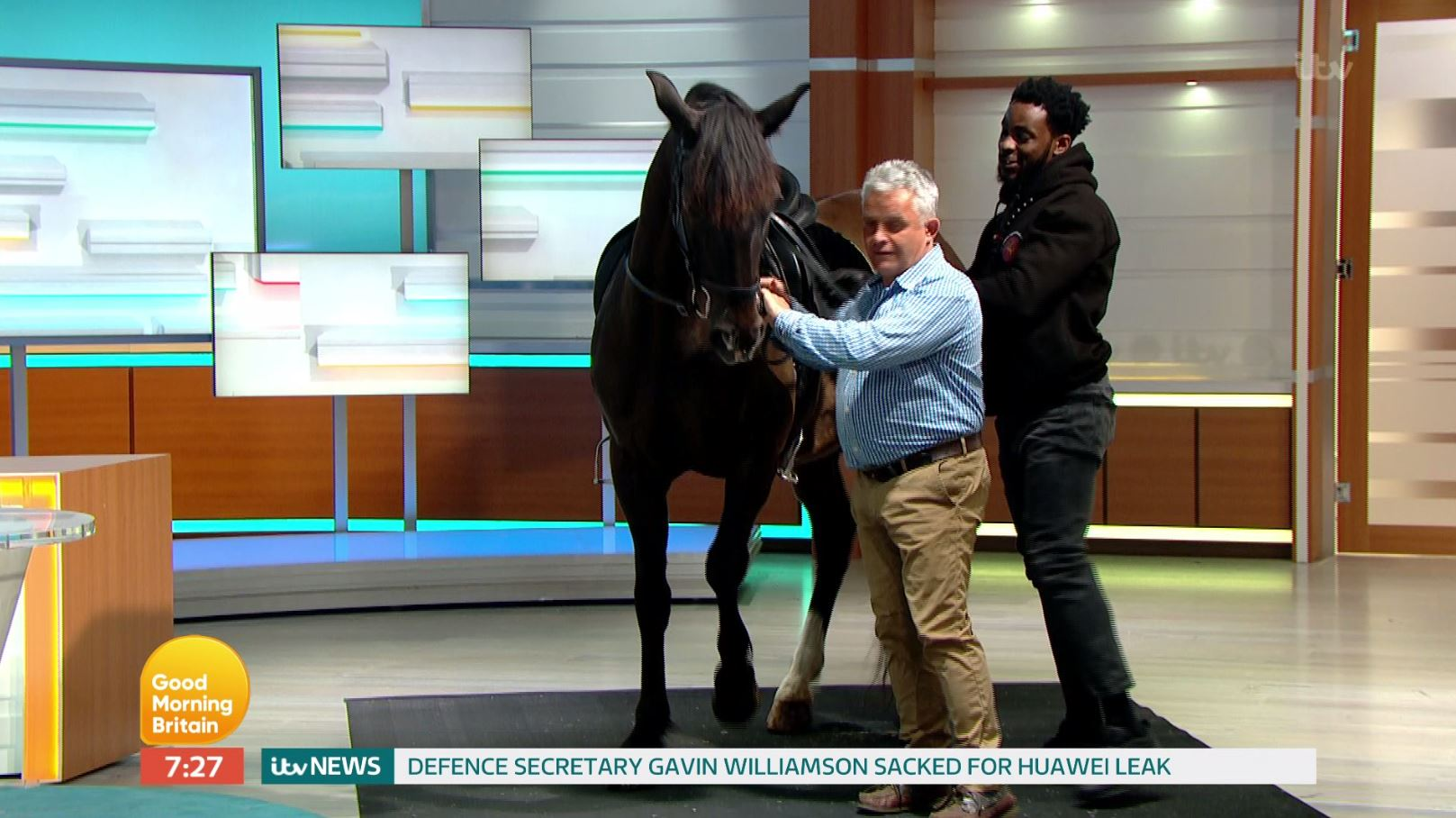 This guy just rode his horse into Good Morning Britain and we're here for it