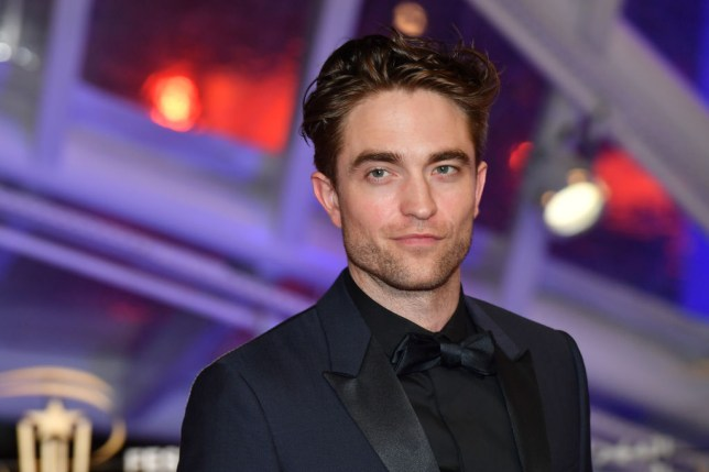 robert Pattinson smiling