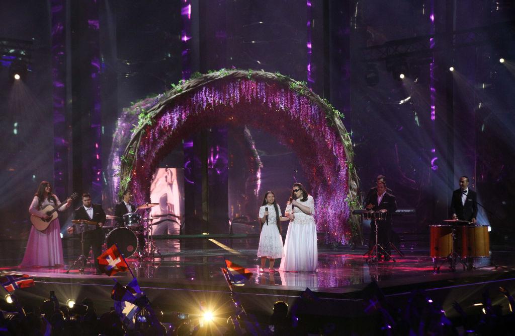 Shalva rope during Eurovision