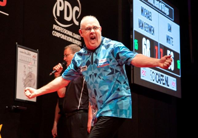 Ian White wins the Dutch Darts Masters