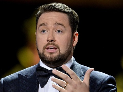 Jason Manford jokes he's 'on fire' as gig is interrupted by an 'overheated' phone and audience evacuated