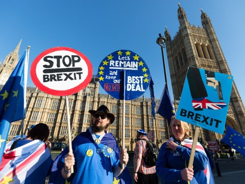 Brexit would cost us £800 each every year if we stay in the Customs Union