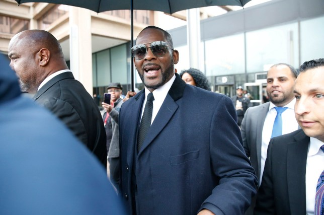 CHICAGO, ILLINOIS - MAY 07: Singer R. Kelly leaves the Leighton Courthouse following his status hearing, in relation to the sex abuse allegations made against him, on May 07, 2019 in Chicago, Illinois. (Photo by Nuccio DiNuzzo/Getty Images)