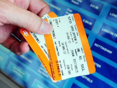 Passengers losing out on money for train delays because system is 'too confusing'