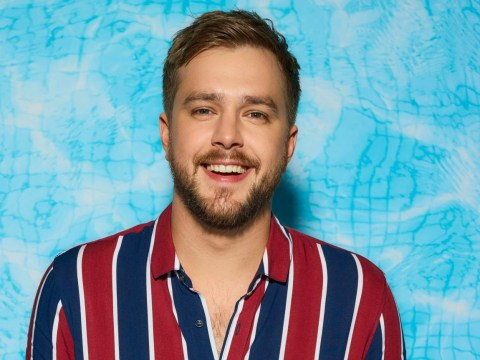 How to get tickets for Iain Stirling's tour in 2020 and where is he performing?