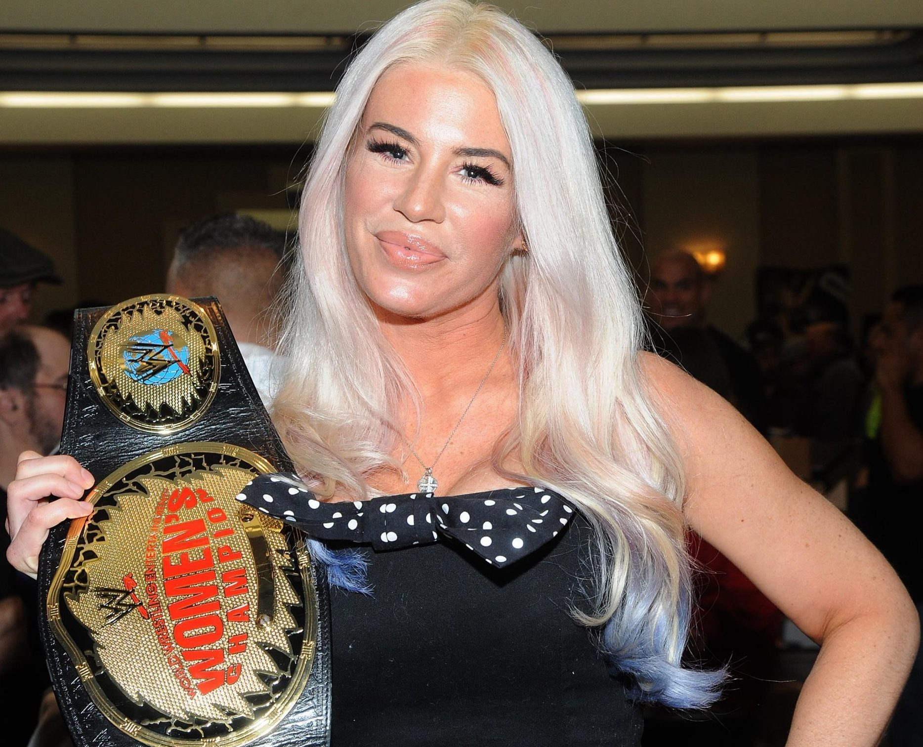 WWE star Ashley Massaro 'died by apparent suicide' after blaming her depression on multiple concussions