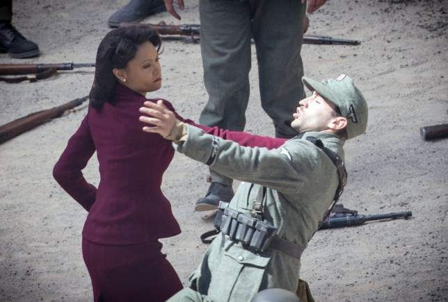 BGUK_1601436 - ** RIGHTS: WORLDWIDE EXCEPT IN AUSTRALIA, NEW ZEALAND, FRENCH POLYNESIA, SPAIN ** Spain, SPAIN - *EXCLUSIVE* - British Actress Thandie Newton pictured throwing some combat moves as she's pictured on location in Spain filming the new series of tv show Westworld! The actress was seen in character as she fought some soldiers in her Ugg Boots, Also on set was Thandie Body Double but looking at the pictures Thandie looked like she was doing her own fight scenes! *PICTURES TAKEN ON 23/05/2019* Pictured: Thandie Newton BACKGRID UK 25 MAY 2019 UK: +44 208 344 2007 / uksales@backgrid.com USA: +1 310 798 9111 / usasales@backgrid.com *UK Clients - Pictures Containing Children Please Pixelate Face Prior To Publication*