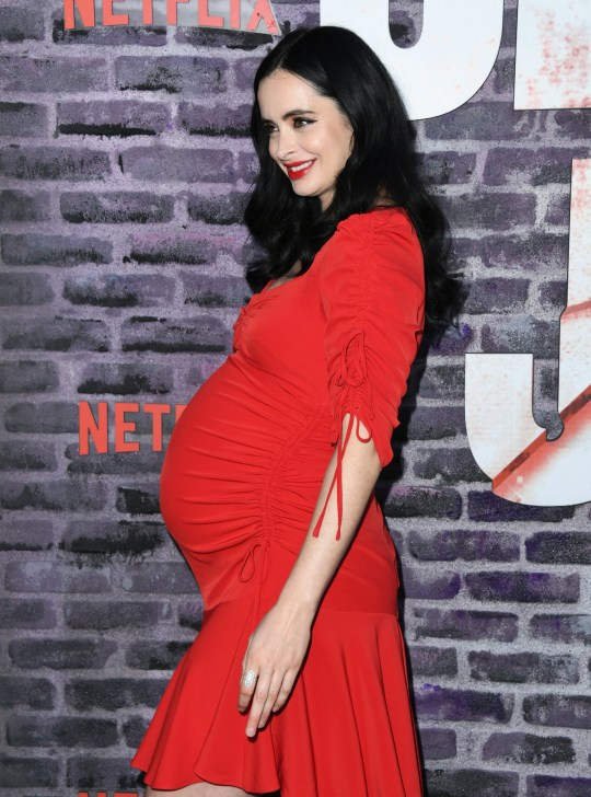 Krysten Ritter pregnant baby bump displayed at Jessica ...