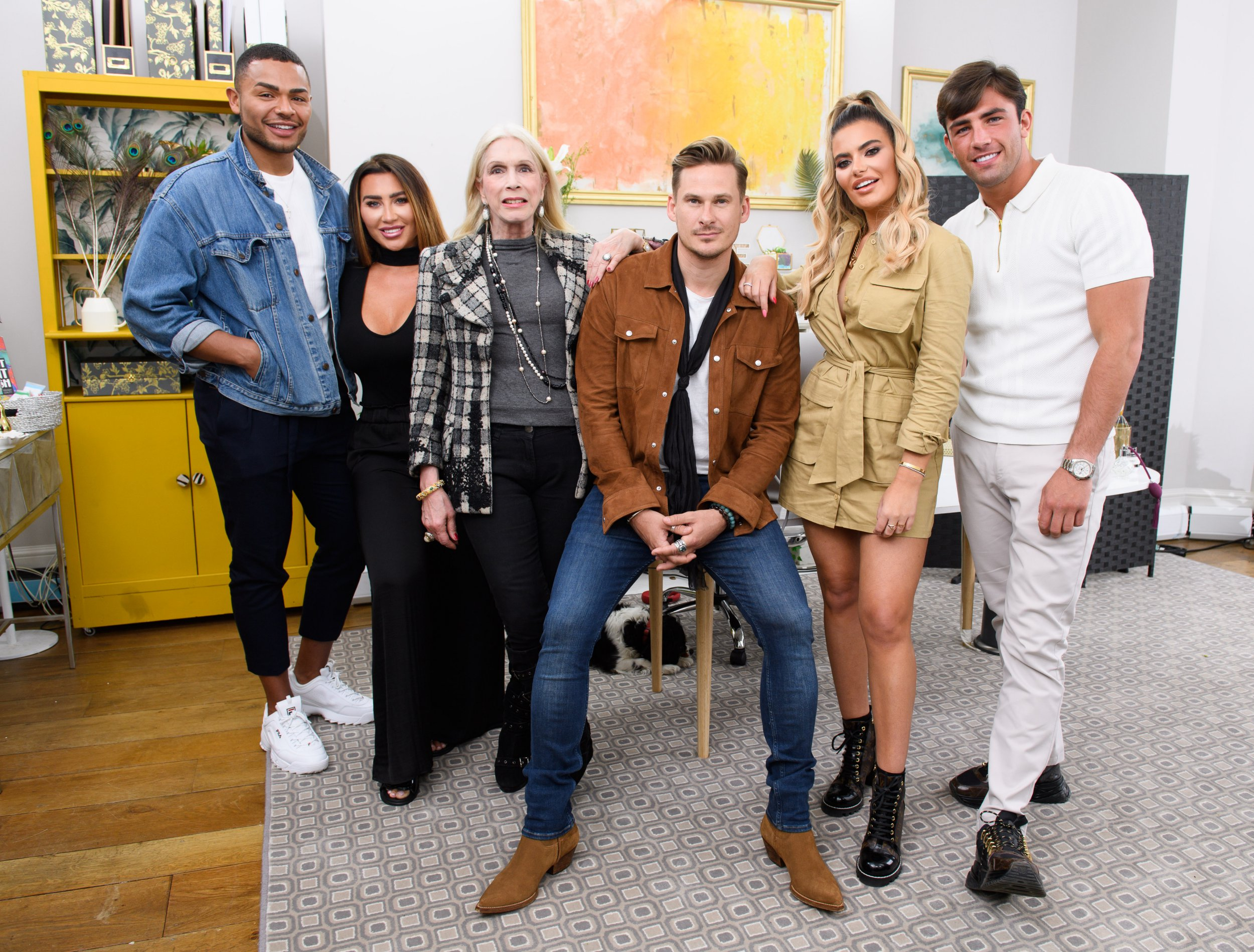 is celebs go dating real