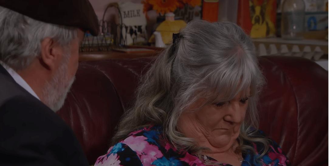 Emmerdale fans praise devastating Lisa Dingle death episode