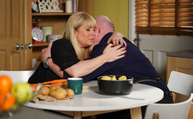 Letitia Dean as Sharon Mitchell and Steve McFadden as Phil Mitchell in EastEnders