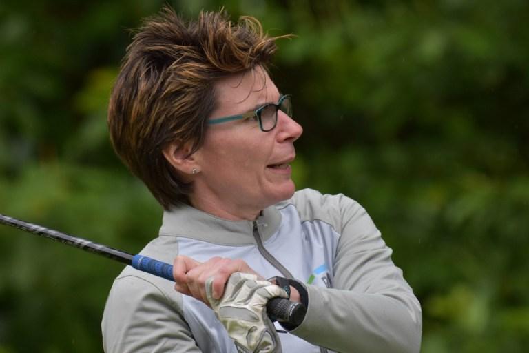 Aimi Bullock playing golf