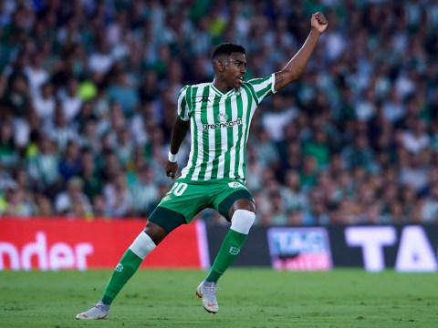 Barcelona leading race with Liverpool for Real Betis full-back Junior Firpo