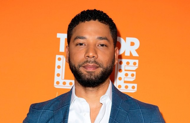 Jussie Smollett is seen with rope still around his neck 40 minutes after making 911 call