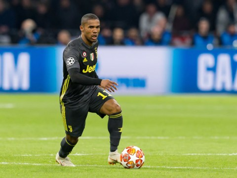 Juventus to offer Douglas Costa to Manchester United as part of Paul Pogba deal