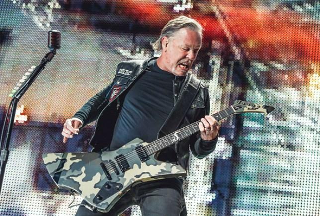 Metallica performing 2019