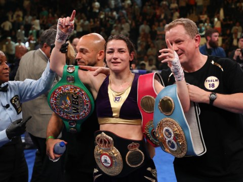 Katie Taylor becomes undisputed lightweight champion after war against Delfine Persoon