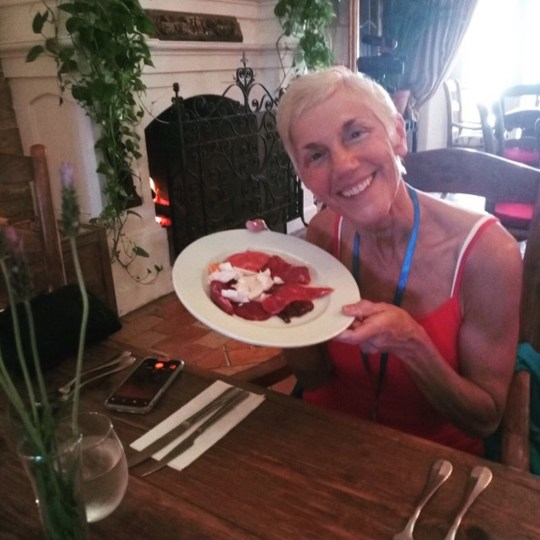 Former Vegan Says Switching To A Diet Of Raw Meat Made Her