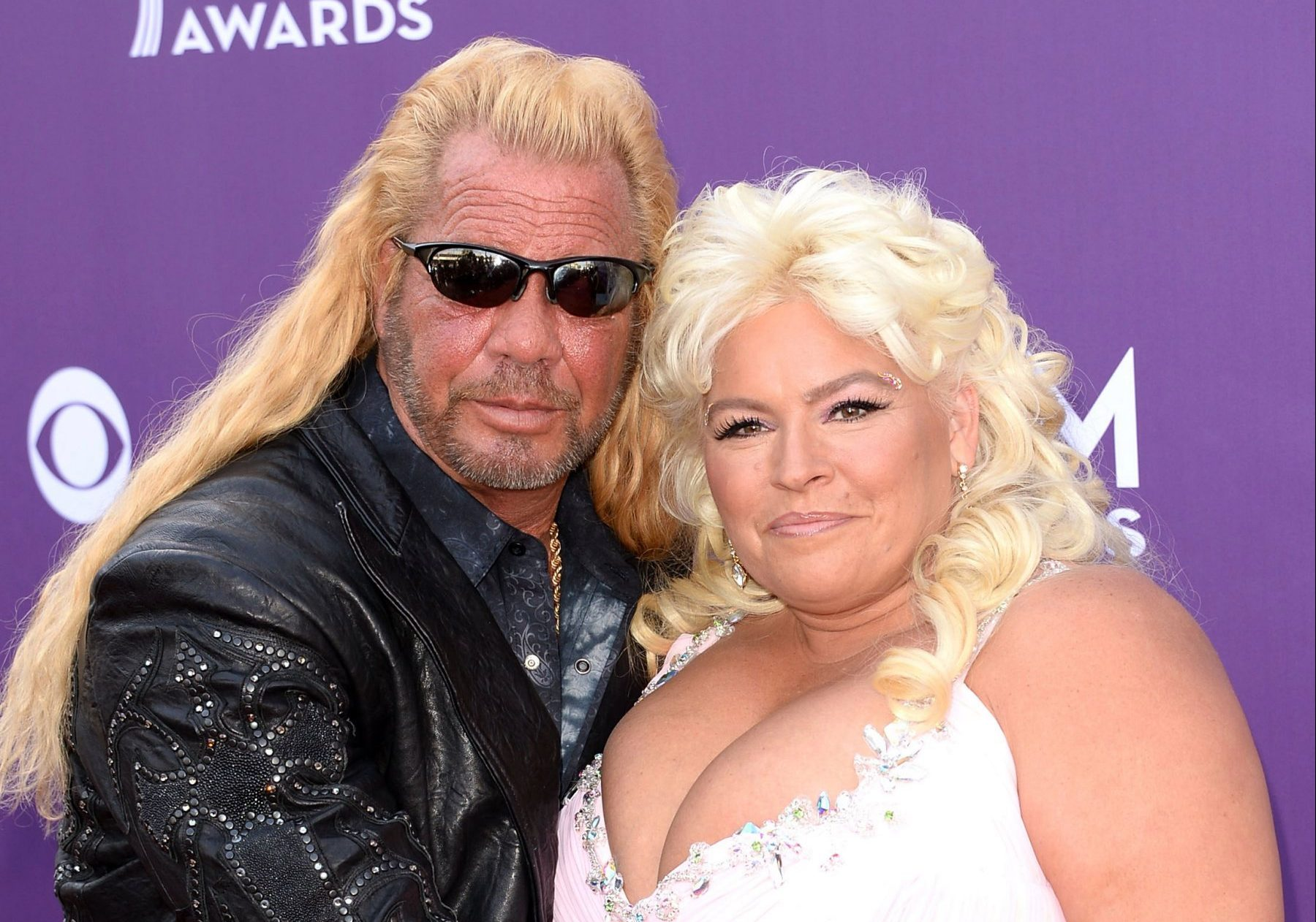 dog a annuity hunter and his mother beth chapman