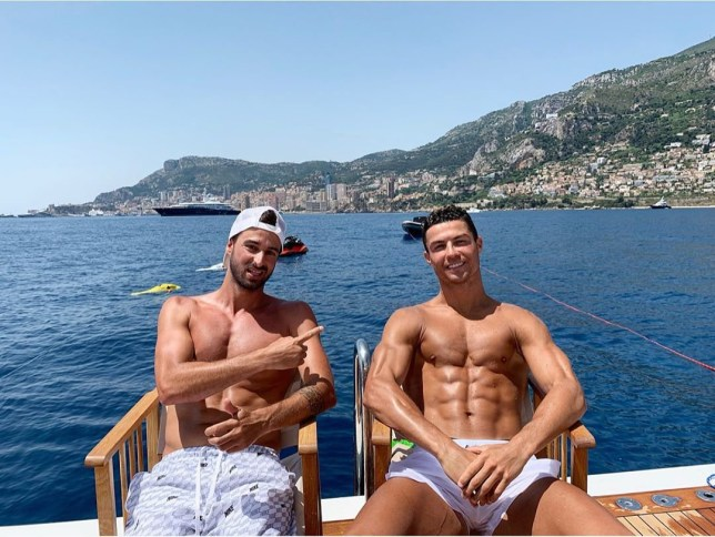 Cristiano Ronaldo loving life on holiday