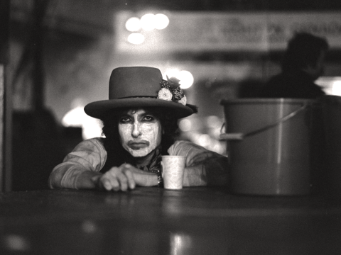 Rolling Thunder Revue: A feverish, magical Bob Dylan tour brought to life by Martin Scorsese (Review)