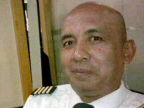 MH370 pilot 'flew to 40,000ft to suffocate passengers before crashing plane'
