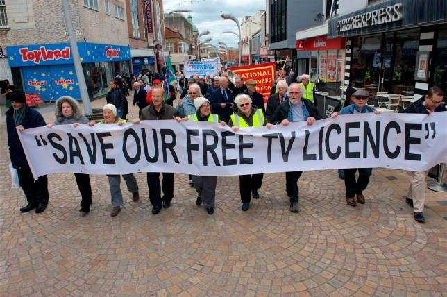 ?? WARREN SMITH 2019 SHOWS PROTESTERS AT THE NATIONAL PENSIONERS CONVENTION BLACKPOOL. PROTESTING AT THE BBC DECISION TO SCRAP THE FREE TV LICENCE FOR THE OVER 75'S. SEE COPY 11.6.19.