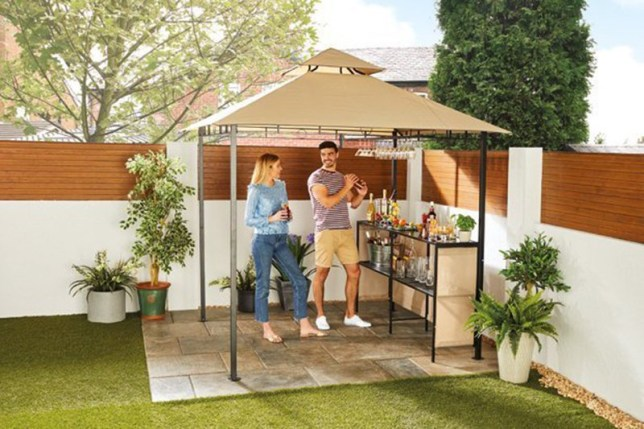 Aldi Bar Gazebo (Picture: Aldi)