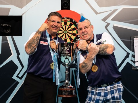 Gary Anderson and Peter Wright enjoy love-in after Scotland's World Cup of Darts triumph