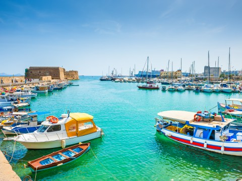 Indulge in local wines, lounge on the famous beaches or explore the cradle of Minoan civilisation: There is something for everyone in Heraklion