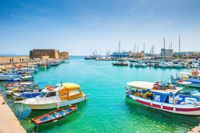 Indulge in local wines, lounge on the famous beaches or explore the cradle of Minoan civilisaition: There is something for everyone in Heraklion