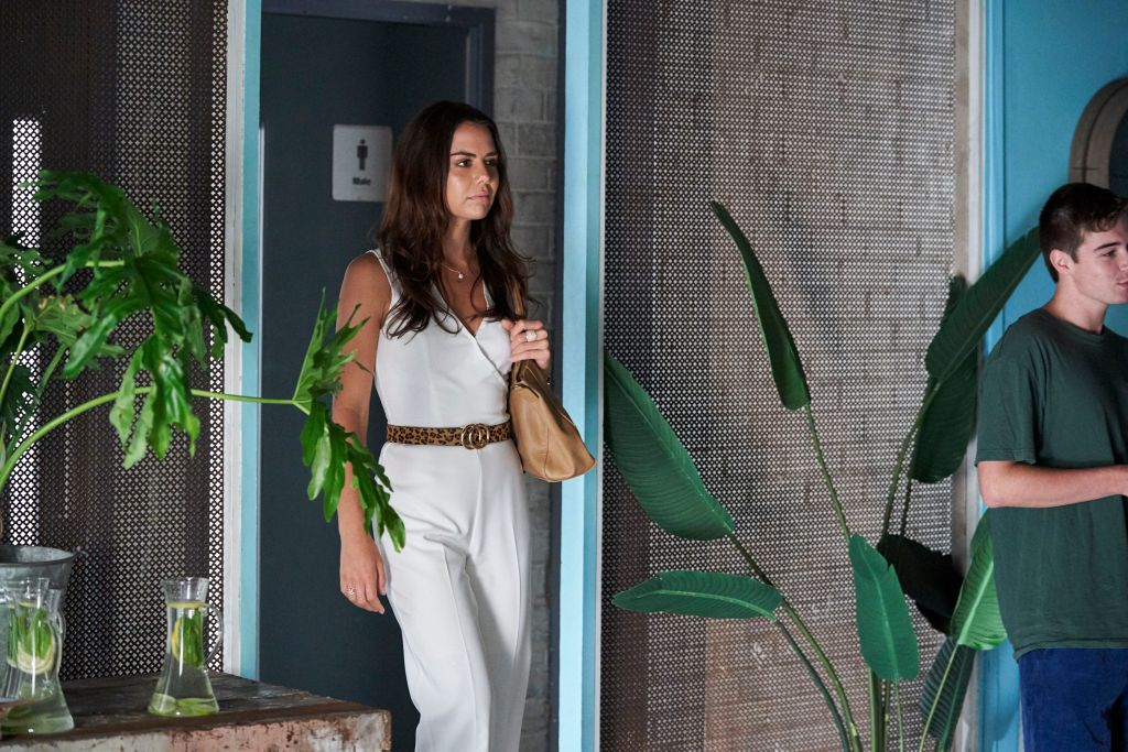 EP-7130-The-new-face-E.WEIR-of-Salt_HAA-1426_107-6ca9 Home and Away spoilers: Mackenzie turns Dean's world upside down with a shocking revelation