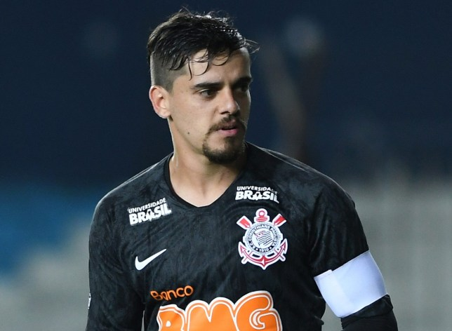 Corinthians send message to Arsenal over Fagner transfer move