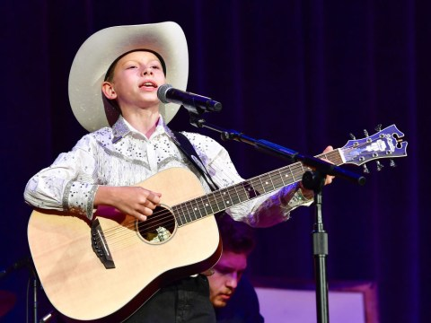 Who is Mason Ramsey, the Walmart yodelling kid on the new Old Town Road remix?