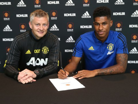 Marcus Rashford signs new Manchester United deal until 2023