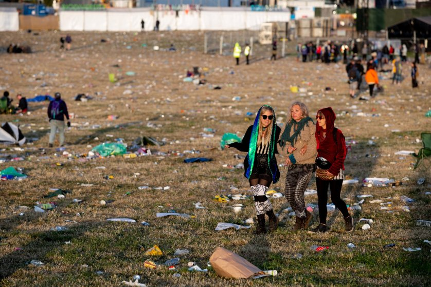 The Glastonbury Festival clean up operation gets underway as festival-goers prepare to head home. Glastonbury. 01 July 2019.