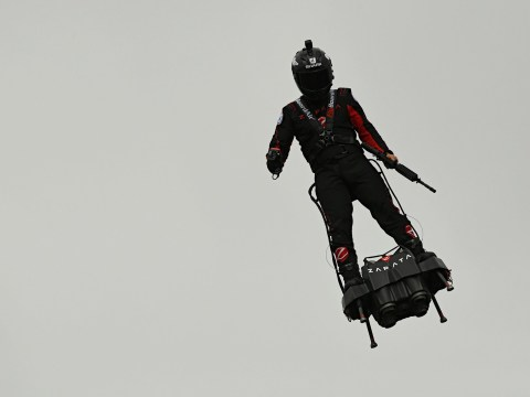 Inventor of jet-powered hoverboard could cross Channel in 15 minutes
