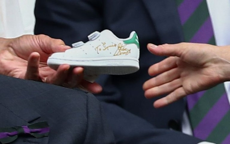 best service 805ed 40247 Prince Louis gets signed Stan Smith shoes as Kate sees ...